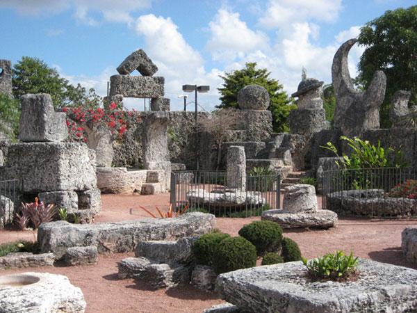coral-castle-3.jpg