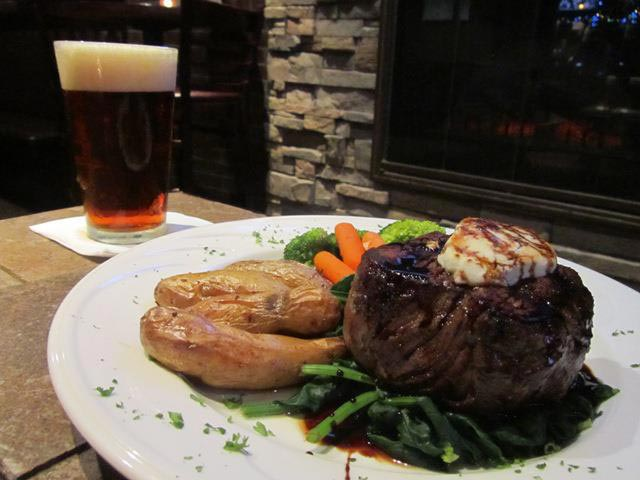 austins-steak-and-ale-house-1.jpg