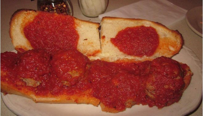 clinos-pizzeria-pasta-and-things-4.jpg